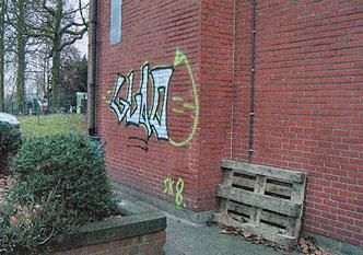 AGP 790 - Verwijderen van graffiti en verf van poreuze ondergronden..
